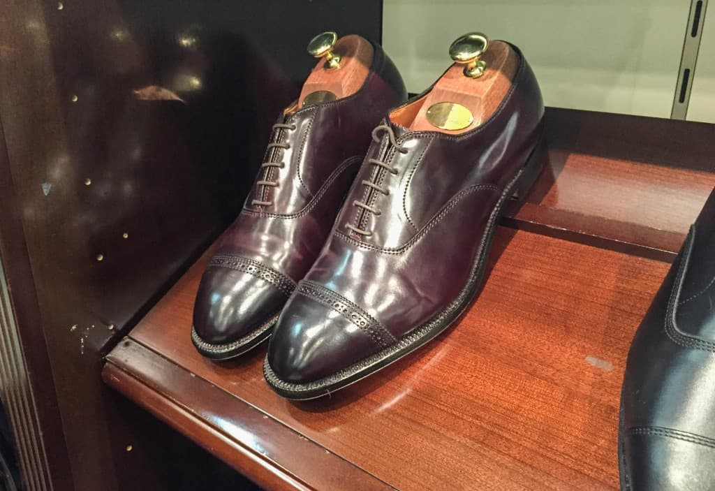 A punched cap toe oxford in a great, dark version of Horweens color 8 cordovan.