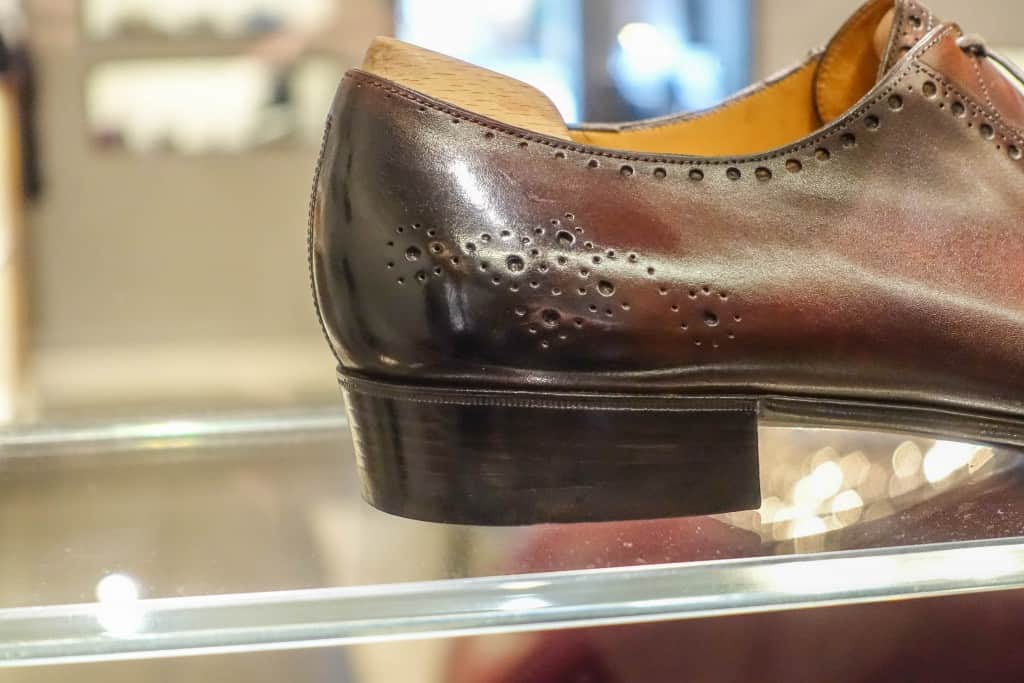 Tapered heel.
