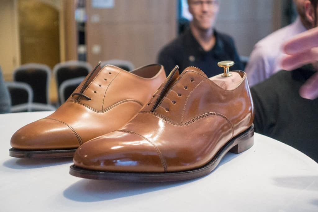 And here's the winning shoe polished by Johan, with a new out of the box Loake Aldwych as comparison.