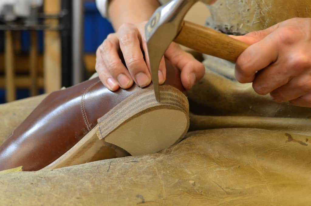 Here most of the heel have been built, and the edges are worked on.