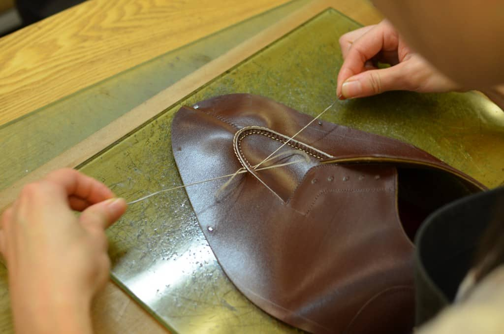 Now time to stitch the apron and the toe.