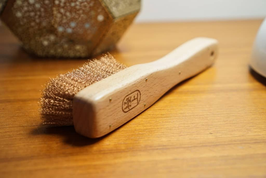 The handle is also very nicely made.