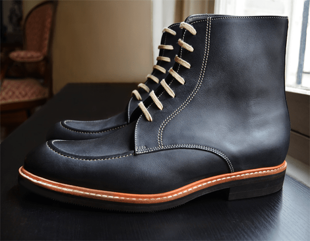 Derby boot with contrasting welt and sole stitch. Pictures above: Jacques & Demeter
