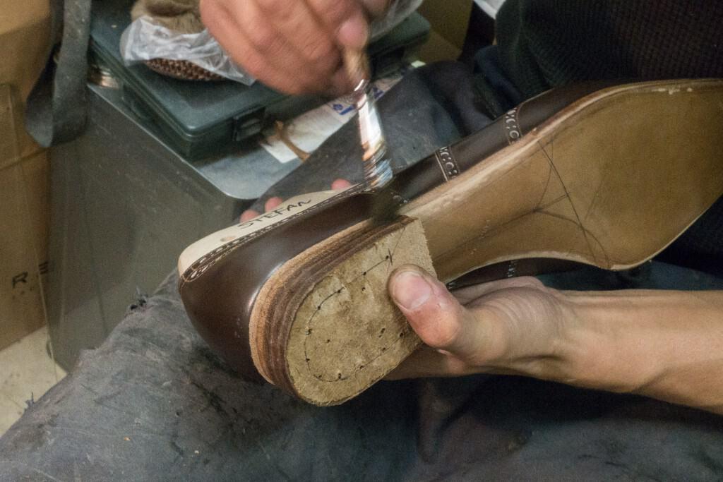 Painting the heel.