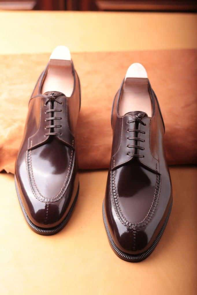 Amazing split toe derby which is priced a bit higher, due to the extra hand work involved making the upper.