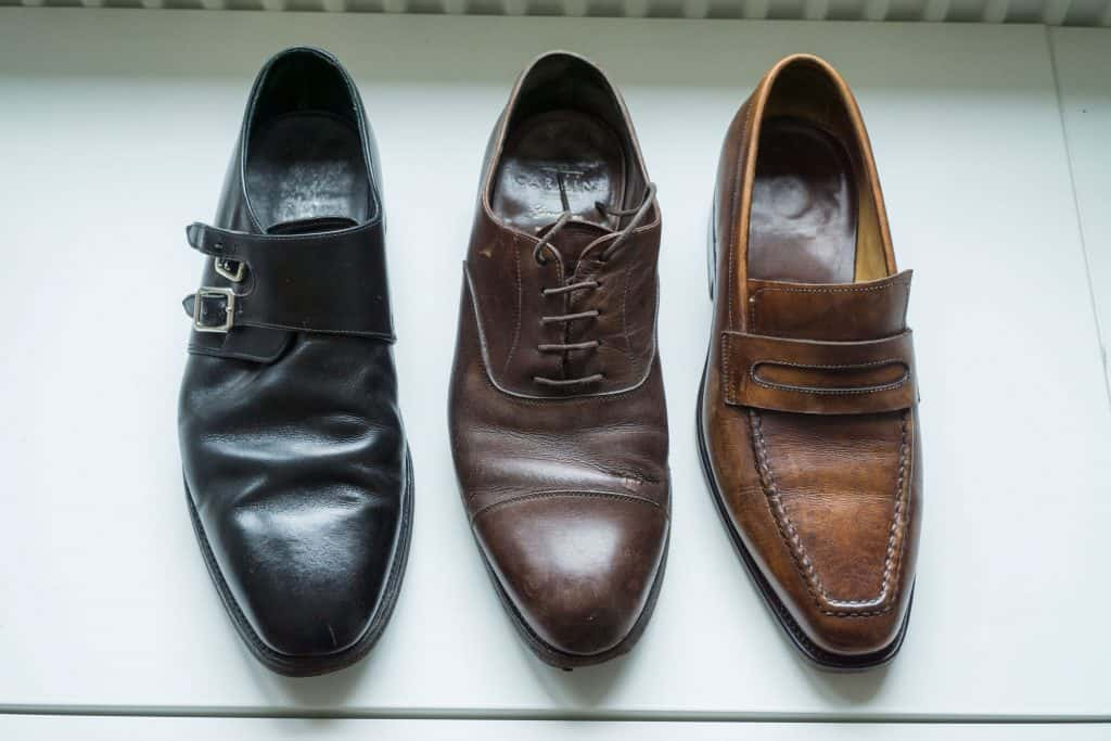 Apparently, Loake and Carmina-shoes very well used and worn. Scafora pair has also gone a lot, but was in a little better condition.