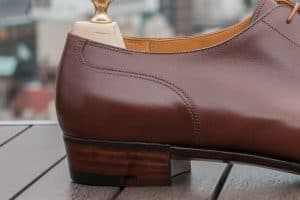 The picture - Close-cut heel