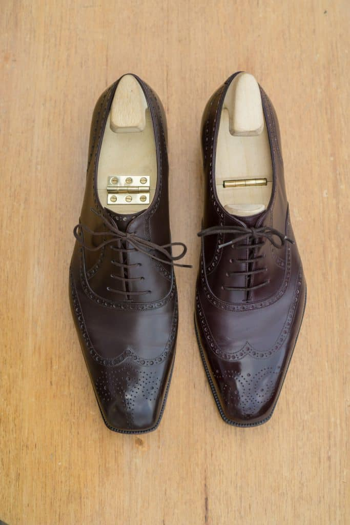 From this angle the lasts are more different. Marquess to the right has a longer and wider toe, while the Fukuda's are more angled inwards a bit more narrow toe. They could maybe be a couple of millimeters longer IMO, but overall I prefer the shape of the Yohei shoes.
