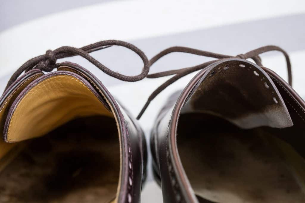 Here's an interesting feature on the Marquess shoe to the right, where you can see how it has an unlined tongue which is skived very thin towards the edges. Super clean work.