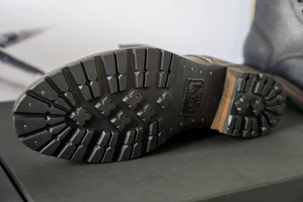 Sturdy Ridgeway sole.