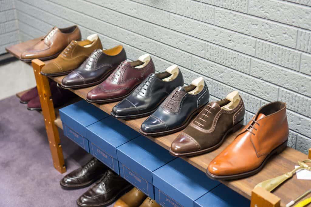 A number of models in Joe Works showroom.